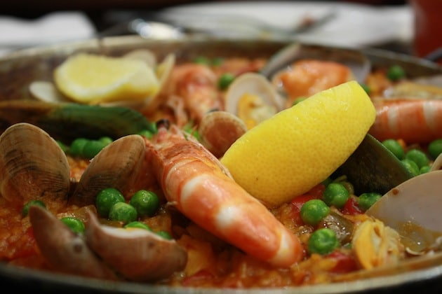 #FoodPorn: Traditional Spanish Paella