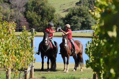 An Epicurious Journey On Horseback Through Australia's Mornington Peninsula