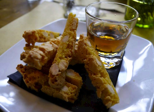 Cantucci Biscuits with Wine