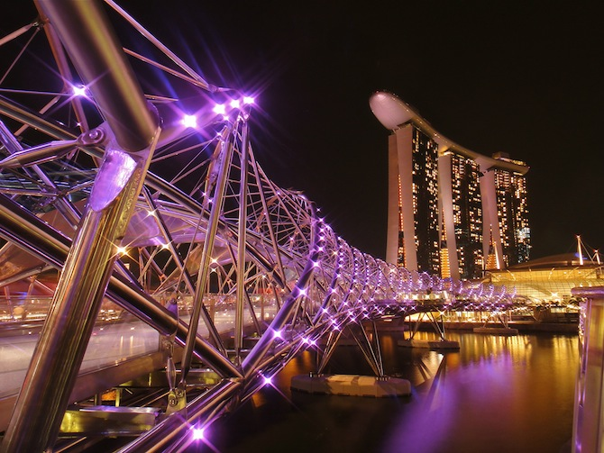 Diving Into Singapore's History & Architecture
