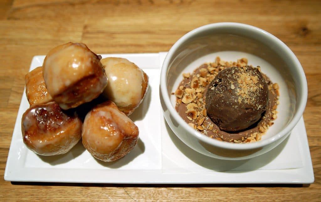 Louro Donuts. Photo courtesy of Michael Tulipan