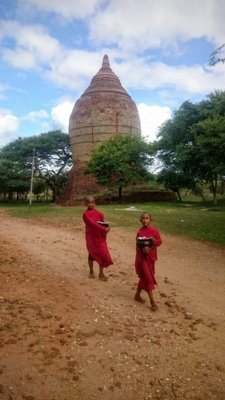 myanmar monks
